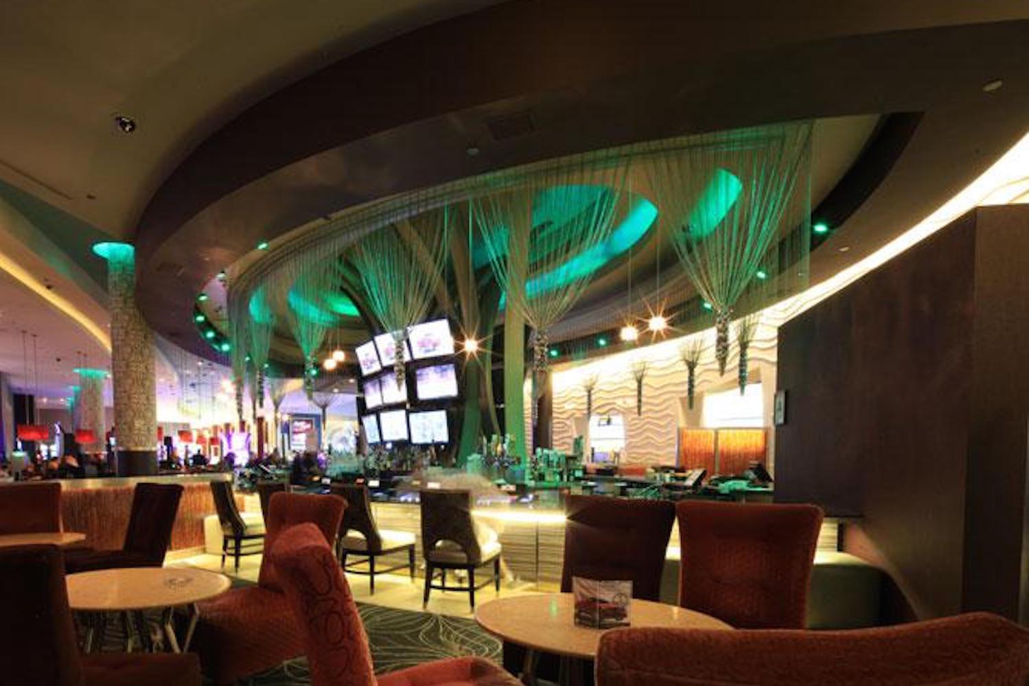 Viejas.com images dinning v lounge bar
