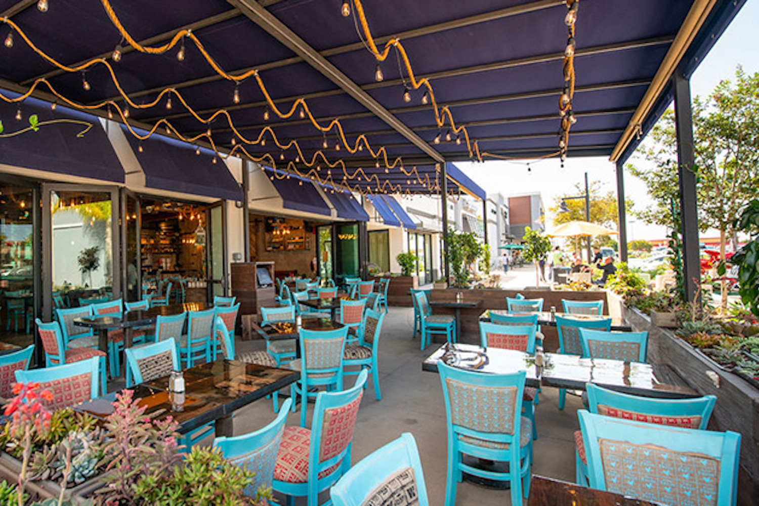 Farmer's Table Happy Hour | Bay Park | King of Happy Hour